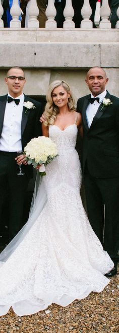 Beauty #BERTA bride Ellie in style 15-110