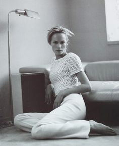 50 Wildly Cool Styling Tips From Vintage Vogue Editorials via @WhoWhatWear