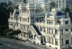 Edificio La Terraza - Una de mis joyas modernistas preferidas en Coruña- Sede de RTV Española en Galicia.
