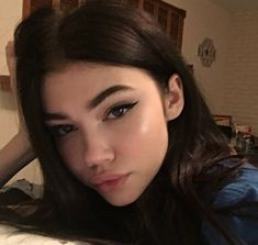 Find images and videos about girl, pretty and grunge on We Heart It - the app to get lost in what you love. Redhead Girl, Brunette Girl, Aesthetic Makeup, Aesthetic Girl, Beauty Make-up, Hair Beauty, Makeup Inspo, Makeup Inspiration, Pretty People