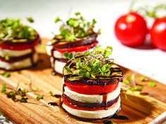 Shop Our Best Selling Non Stick Frying Pan, Square Pans, Baking Pan Sets, Crisper & Eggplant Dishes, Baking Pans Set, Copper Cooking Pan, Grilled Eggplant, Pan Set, Chef Recipes, Cheesecake Recipes, Recipe Using