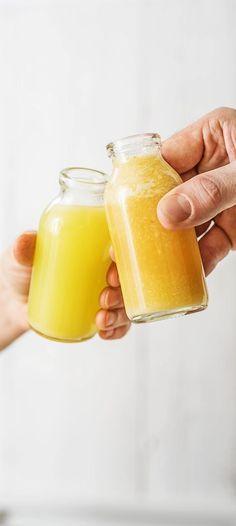 Step by Step Rezept: Ingwer Shot – so gesund ist das Trendgetränk Rezept / Kochen / Essen / Ernährung / Lecker / Kochbox / Zutaten / Gesund / Schnell / Frühling / Einfach / DIY / Küche / Gericht / Detox / Neujahr / immunsystem / Zitrone / Kurkuma / Blog #hellofreshde #kochen #essen #zubereiten #zutaten #diy #rezept #kochbox #ernährung #lecker #gesund #leicht #schnell #frühling #einfach #küche #gericht #ingwer #ginger #shots #detox #immunsystem #trend #getränk #drink #zitrone #kurkuma #blog