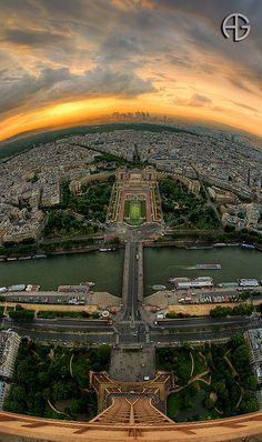 A great panoramic, sunset view of #Paris city from the top of Eiffel Tower.
