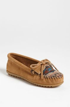 black el paso suede II moccasin by Minnetonka Moccasins http://stagecoachgifts.biz/collections/minnetonka-moccasins/products/el-paso-ii-suede-moc