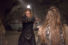 """Season 3 of """"The will finally reveal the Ice Queen. Season 3 of """"The on the CW network is going to show you firsthand what it looks like when you add a """"Desperate Housewife"""" to the cast of a teen show. The 100 Season 3, Second Season, Brenda Strong, Chasing Life, The 100 Clexa, Clarke And Lexa, Marie Avgeropoulos, Keep The Peace, Eliza Taylor"""