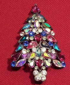 "Avon 2006 Christmas Tree Pin Brooch 3"" Tall Rhinestone Sparkly Colors"