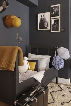 Awesome Grey and Yellow Bedroom Inspirations Decor Room, Bedroom Decor, Home Decor, Bedroom Ideas, Design Bedroom, Bedroom Furniture, Modern Kids, Modern Room, Boy Room