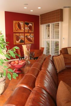 Red accent wall with brown leather furniture Contemporary Family Rooms, Traditional Family Rooms, Living Room Decor Traditional, Brown And Cream Living Room, Cream Living Rooms, Brown Leather Furniture, Leather Sofa, Brown Curtains, Condo Furniture