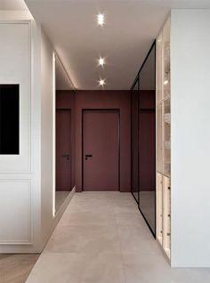 Hall d'entrée : 50 idées déco en image pour vous inspirer - Ctendance.fr Wooden Door Design, Main Door Design, Entrance Design, Design Entrée, Flur Design, Wall Design, Home Room Design, House Design, Color Bordo