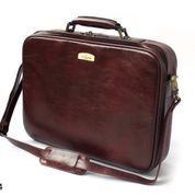 Genuine Baggage - Woodland Leather Men's Luxury Briefcase in brown, $385.00 30% off for Father's Day @ClickFrenzy Sale (http://www.genuinebaggage.com.au/woodland-leather-mens-luxury-briefcase-in-brown/)