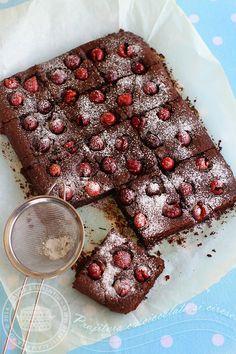 prajitura cu ciocolata si cirese 1