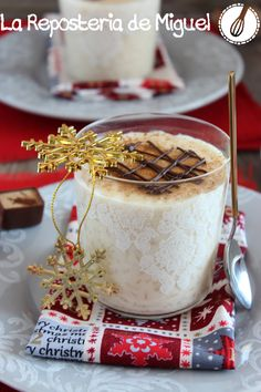 Arroz con Leche con Chocolate Blanco y Cava Spanish Cuisine, Chocolate Blanco, Sweet Life, Tiramisu, Camembert Cheese, Sweet Tooth, Pudding, Sweets, Ethnic Recipes