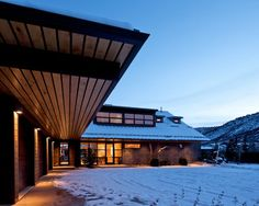 Architecture, Garage Entry At Night Lighting Wall Lamp Wooden Ceiling Snow Courtyard Modern Aspen Ski Cottage Villas Resorts Colorado Vacation Contemporary Architecture Designs Tickets Lodge Home House Ideas Inspiration: Charming, Picturesque Rural Villa Outside Aspen, Capturing Views of Ski Areas