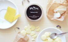 Vyrobte si vlastní tělový krém s levandulovou vůní - Tip na září /žena.cz Cosmetic Kit, Natural Cosmetics, Gifts For Kids, Food, Gift Ideas, Garden, Beauty, Presents For Kids, Gifts For Children