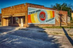 That good Gulf gasoline. #architexture #architectureporn #oldbuildings #gasoline #gulf #nikon_photography_ #photowalk #niksoftware #adrianmichigan