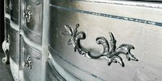 Take a look at Tracey's paint blending techniques for furniture - this style incorporated three or more layers of paint for a unique look. Metallic Painted Furniture, Silver Furniture, Metal Furniture, Furniture Ideas, Antique Furniture, Silver Paint Walls, Metallic Paint Colors, Silver Dresser, Crafts With Glass Jars
