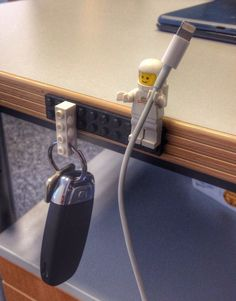 cool-LEGO-key-cable-holder