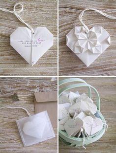 Atrévete a crear modernas invitaciones de boda en origami