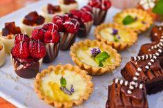 San Diego Style Weddings: Mangia Monday: Fruit-Topped Dessert