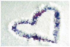 snow heart photo by davona douglass via flickr