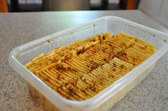"""Spicey Crackers picture of how to """"stack"""" the crackers to marinade them."""