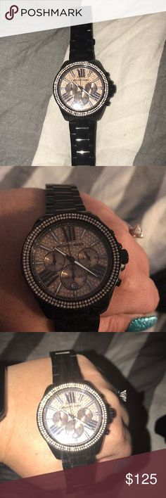 🖤Michael Kors watch🖤 🖤Black and rose gold MK watch🖤 * needs new battery* Worn only a handful of times beautiful watch 🎉 Michael Kors Accessories Watches