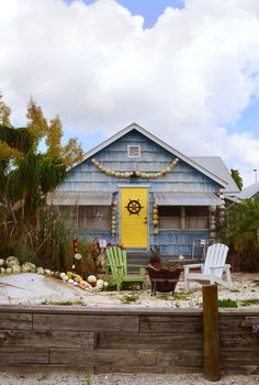 Walk - or Boat - to Art Galleries, Bars, and Your Hotel in the Historic Fishing Village of Port Salerno, Florida - Beaches Bars and Bungalows travel blog