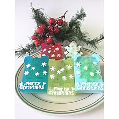CHRISTMAS TREE GLYCERINE SOAP GIFT   is a perfect Christmas handmade gift for anyone during the winter holiday season, or anytime! Great christmas stocking! This listing is for one glycerine soap. Each bar of soap is individually packaged and labeled in a craft soap box. Weight of each soap is approx 3.4 oz