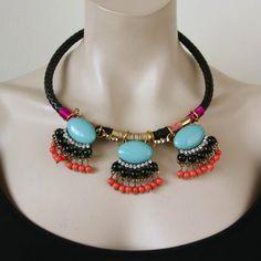 Wie zou deze prachtige halsketting niet willen ontvangen voor de kerst? Sweet7 Statement Ketting Heather (KK-S7-142) € 22,95 #bijoux, #sweet7, #cadeau, #sieraden