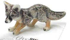 Little Critterz Miniature - Grey Fox - LC143