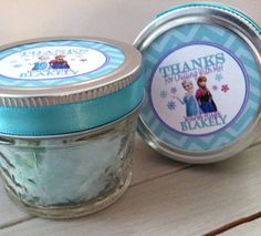 Frozen Party Favors: Blue Cotton Candy in Mason Jars.  So adorbs.