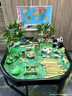 British Values - China Tuff Tray - The World we Live in Early Years Chinese New Year Crafts For Kids, Chinese New Year Activities, New Years Activities, Chinese New Year 2020, Chinese Crafts, Panda Activities, Eyfs Activities, Nursery Activities, Preschool Activities