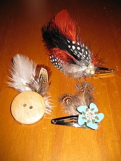 No, these aren't homemade fishing lures, but they will indeed attract some attention! These feathery beauties are 15 or so hair pieces that . Feather Hair Pieces, Feather Hair Clips, Feathered Hairstyles, Pretty Hairstyles, Homemade Fishing Lures, Feather Crafts, Hair Ribbons, Boho Inspiration, Ribbon Crafts
