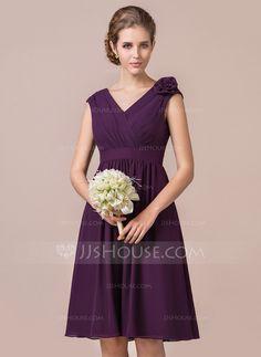 A-Line/Princess V-neck Knee-Length Chiffon Bridesmaid Dress With Ruffle Flower(s) (007056820)