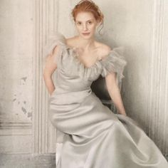 "@onceavogue on Instagram: ""Happy Birthday #jessicachastain photographed by #annieleibovitz for US Vogue December 2013 #nanyaclippings #vogue #fashionphotography #art"""