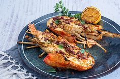 The crayfish or rock lobster is one of the ultimate delicacies to cook on the barbecue. They aren't as intimidating as they may seem. Recipe For Crayfish, How To Cook Crayfish, Crawfish Recipes, Chorizo Recipes, Seafood Recipes, Squid Recipes, Tilapia Recipes, Root Vegetable Gratin, Grilled Seafood