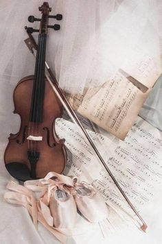 This is a musical instrument called violin with a great importance in musical world. This picture shows the Violin and some musical notes with it. The stick type thing with it is used to play the violin. Sound Of Music, Music Is Life, Violin Tumblr, Mixed Media Photography, Violin Music, Violin Art, Music Music, Music Aesthetic, Purple Aesthetic