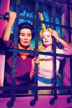Jessica Lange as Joan Crawford and Susan Sarandon as Bette Davis.