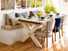 Tips...  Una excelente idea para provechar espacio en el comedor.