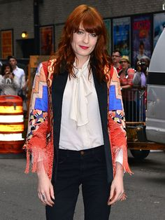 Florence Welch of Florence + the Machine Rocker Style, Printed Skirts, Girl Crushes, Latest Fashion Trends, Vintage Fashion, Vintage Style, Nice Dresses, Florence Welch, Skinny Jeans