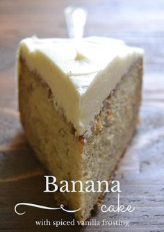 The best banana cake with spiced vanilla buttercream frosting, it's the perfect fall dessert!: The best banana cake with spiced vanilla buttercream frosting, it's the perfect fall dessert! Simple Cake for birthday Fall Desserts, Just Desserts, Delicious Desserts, Yummy Food, Baking Desserts, Health Desserts, Cupcakes, Cupcake Cakes, Rose Cupcake
