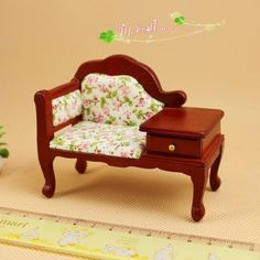 1:12  Dollhouse Miniature furniture Victorian Red Wood Sofa telephone seat #Unbranded