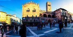 Bologna, Piazza Maggiore, foto di Tom Sawyer Katsis