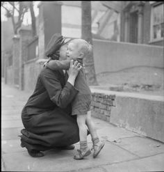 http://ww2today.com/wp-content/uploads/2013/04/home-coming.jpg At the end of a busy day delivering goods for the LMS Railway Company, Lilian Carpenter arrives home to be greeted by her son Clarence. He is named after his father, who is in the Army and has not yet seen his son