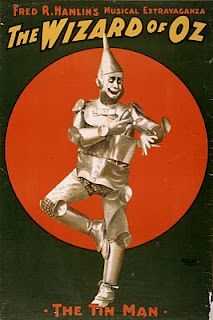 1903 poster of Dave Montgomery as the Tin Man in Hamlin's musical stage version. ( vintage theater poster The Wizard Of Oz ) Creepy but cool! Vintage Movies, Vintage Posters, Vintage Art, Vintage Ephemera, Vintage Travel, Retro Posters, Vintage Gifts, Vintage Photos, Wizard Of Oz Musical