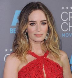 How to get Emily Blunt's medium gold brown.