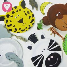 Einmal ein wilder Leopard sein? Ein riesiger Elefant oder lustiger Affe? Alles kein Problem für die Kids bei einem #Kindergeburtstag mit dem Motto #Dschungel!  Wir basteln aus Papptellern lustige Tiere und nutzen die später als Masken oder Deko. Weitere passende Ideen für Essen, Deko, Spiele und Give-aways für Deine Kindergeburtstagsparty findest Du auf blog.balloonas.com #kindergeburtstag #balloonas #spiel # safari # dschungel #tiere #deko