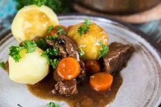 Swedish Recipes, Pot Roast, Food Inspiration, Food To Make, Keto Recipes, Meal Prep, Food Porn, Food And Drink, Beef