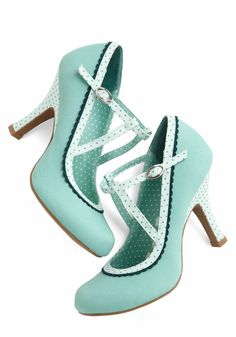 Smart and Snazzy Heel in Seabreeze. Youre adept at creating a classy atmosphere, both in your abodes swanky party decor, and with a keenly modern ensemble punctuated by these retro high heels! #blue #modcloth