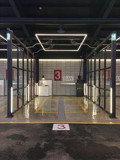 Mechanic Shop, Mechanic Garage, Cool Garages, Custom Garages, Showroom Design, Interior Design, Car Wash Business, Car Wash Services, Automotive Detailing